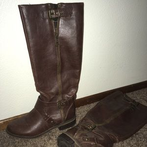 Tall brown Guess boots